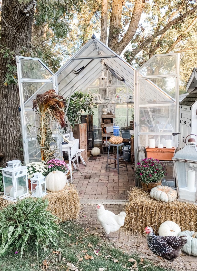 Decorating My Greenhouse for Fall