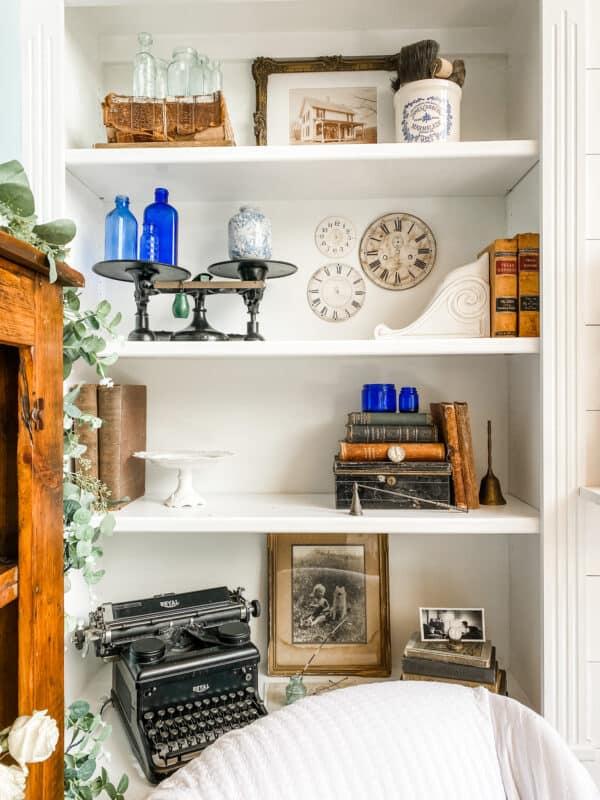 Vintage Clutter