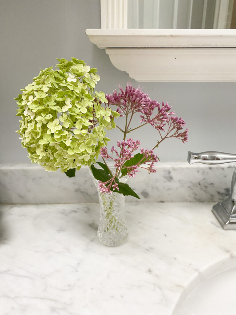 Three Tips to Make Bathroom Clean-up Simple