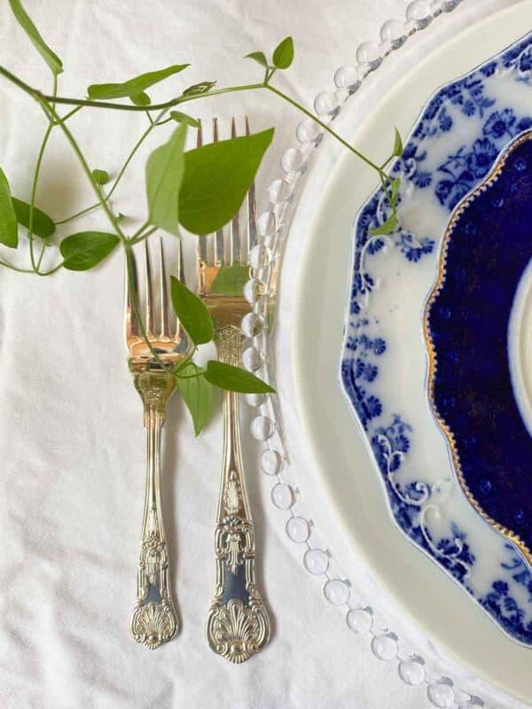 Flow Blue Place Settings