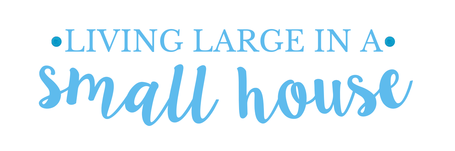 Living Large in a small house logo